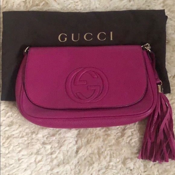 Gucci Handbags - Gucci Soho Chain Crossbody Bag Medium
